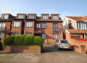 Thumbnail 2 bed flat to rent in Christchurch Avenue, North Finchley, London