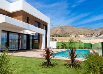 Thumbnail 3 bed villa for sale in Sierra Cortina, Finestrat, Spain
