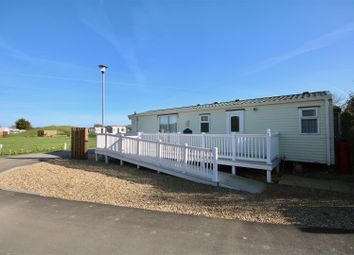 Thumbnail 2 bedroom mobile/park home for sale in Southsea Leisure Park, Melville Road, Southsea