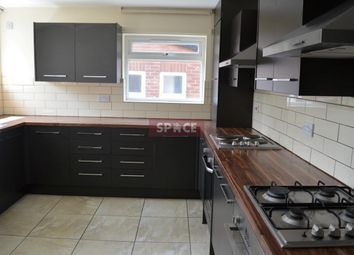 Thumbnail 4 bed terraced house to rent in Headingley Avenue, Leeds