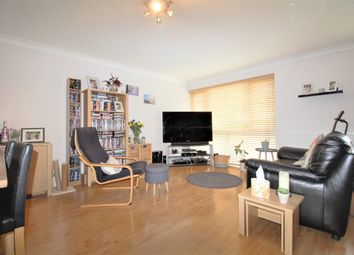 Cromer Road, New Barnet, Barnet EN5. 5 bed terraced house