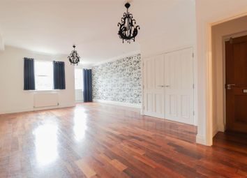 Thumbnail 3 bed flat to rent in Jubilee Mansions, 119 Thorpe Road, Peterborough