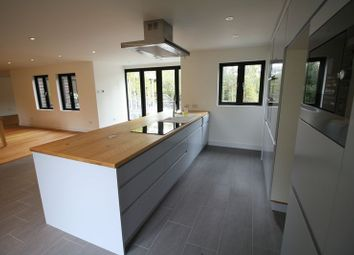 Thumbnail 5 bed barn conversion to rent in Pouchen End Lane, Hemel Hempstead