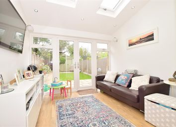 Thumbnail 3 bed town house for sale in Reservoir Close, Greenhithe, Kent