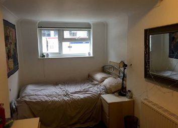 Thumbnail Room to rent in Etwell Place, Surbiton