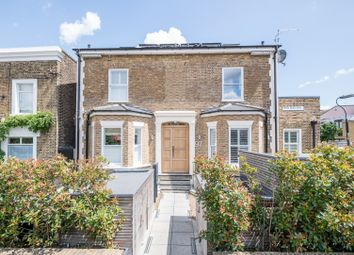 Crystal Palace Road, London SE22. 1 bed flat for sale