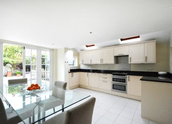 4 bed terraced house to rent in Broughton Road, London SW6