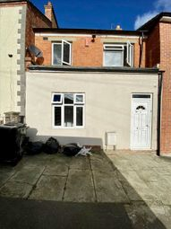 3 bed property to rent in Weavers Road, Wellingborough NN8