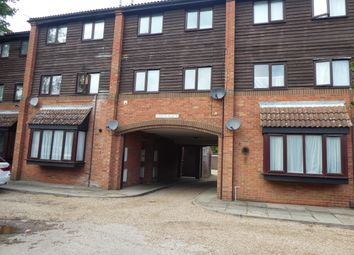 Thumbnail 1 bedroom flat for sale in Grove Place, Welham Green, Herts
