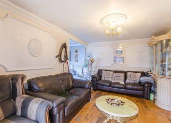 Renfrew Close, Beckton, London E6. 3 bed bungalow