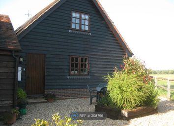 Thumbnail 1 bed flat to rent in The Hayloft, Horsham