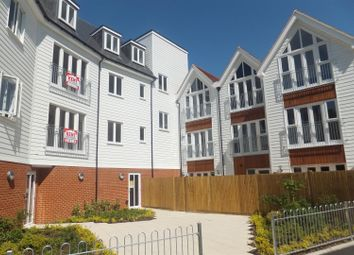 Thumbnail 2 bed flat to rent in Regent Street, Whitstable