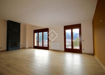 Thumbnail 4 bed apartment for sale in Andorra, La Massana, And10370