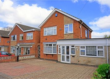 Thumbnail 4 bed detached house for sale in Ferryvale Close, Burton-On-Trent