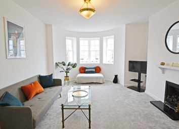 Thumbnail 1 bed flat to rent in Chichester Place, Brighton