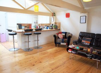 Thumbnail 2 bedroom flat for sale in Bank Street, Maidstone
