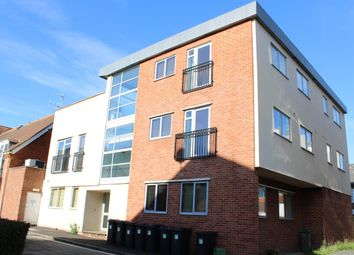 1 bed flat to rent in Carnegie Road, Newbury RG14