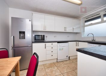 4 bed maisonette to rent in Canton Street, Shadwell, Poplar, London E14