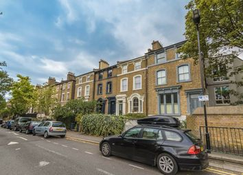 2 bed property to rent in Greenwood Road, London E8