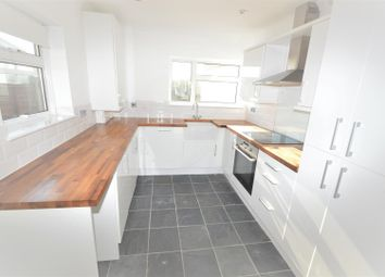 Thumbnail 3 bed property to rent in Parkway, Woodford Green