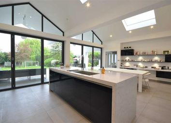 Thumbnail 5 bed detached house to rent in Waggon Road, Hadley Wood, Hertfordshire
