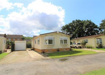 Thumbnail 2 bedroom mobile/park home for sale in Bearwood Park, Bearwood Path, Winnersh, Wokingham
