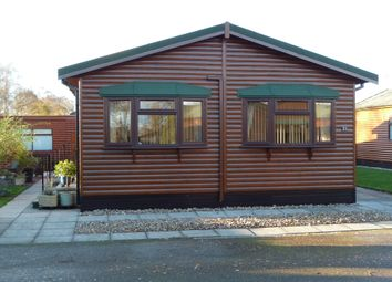 Thumbnail 2 bed mobile/park home for sale in The Elms, Torksey, Lincoln