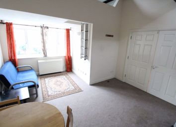 Thumbnail 1 bed flat to rent in Adelaide Street, Luton