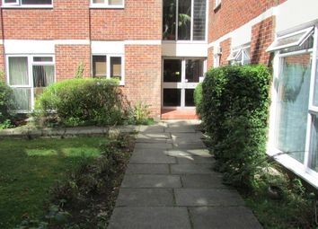 Thumbnail 2 bed flat to rent in Warren Road, Guildford