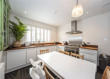 Thumbnail 4 bed flat to rent in Moor Mead Road, Twickenham, Middlesex