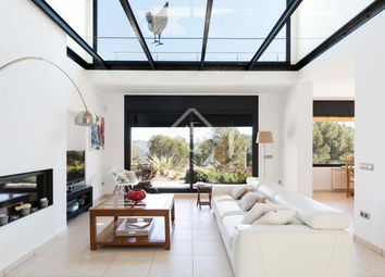Thumbnail 4 bed villa for sale in Spain, Sitges, Olivella / Canyelles, Sit10238