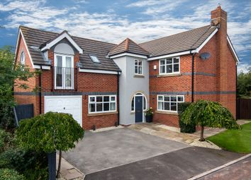 Thumbnail 5 bed detached house for sale in Waterleat Glade, Poulton-Le-Fylde