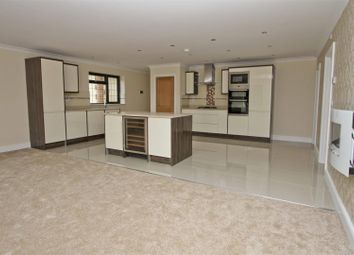 Thumbnail 2 bed flat for sale in Flat 11, London View, Swakeleys Road, Ickenham