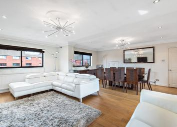 4 bed flat for sale in Spencer Close, London N3