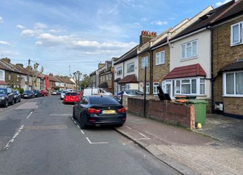 4 bed semi-detached house to rent in Roman Road, Eastham E6