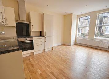 Thumbnail 1 bedroom flat to rent in Hastings Road, Ealing