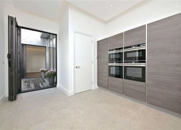 Thumbnail 2 bedroom flat for sale in Woodside Avenue, London