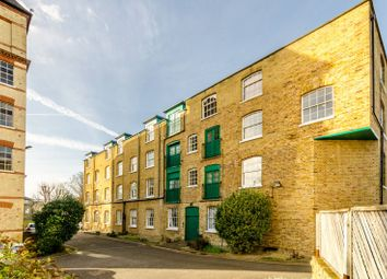 Thumbnail 2 bed flat for sale in Park Road, Bromley