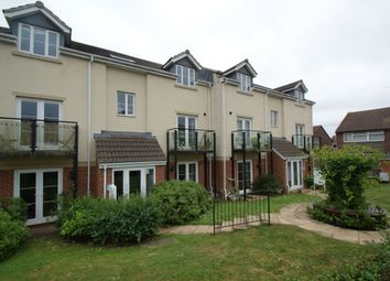2 bed flat to rent in Park Road, Shirehampton, Bristol BS11