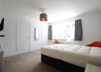 Room to rent in Waverley Road, Reading RG30