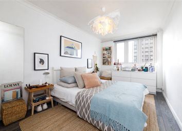 Thumbnail 3 bed flat to rent in Skinner Street, Clerkenwell