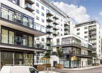 Thumbnail 1 bed flat to rent in Cornmill House, 4 Wharf Street, London