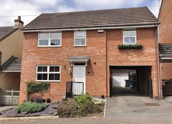 Thumbnail 4 bed detached house for sale in Curlew Drive, Chippenham, Wiltshire