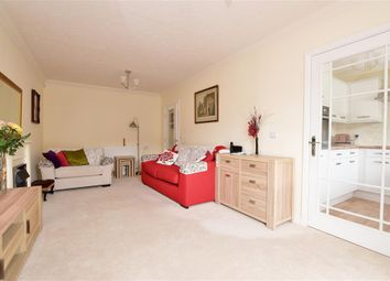 1 bed flat for sale in Stafford Road, Caterham, Surrey CR3