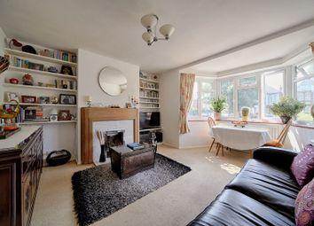 Thumbnail 3 bed flat for sale in Oakley Avenue, Ealing
