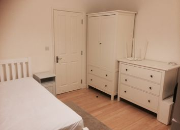 Thumbnail Studio to rent in Bills Included, St Stephens Road / Hounslow