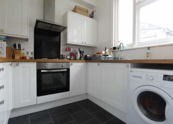 Thumbnail 2 bed flat to rent in Cowper Road, London