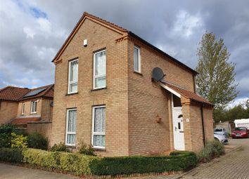 Thumbnail 3 bed detached house to rent in Dulverton Drive, Furzton, Milton Keynes