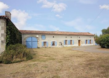 Thumbnail 3 bed country house for sale in Baignes-Sainte-Radegonde, Charente, France