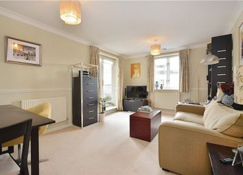 Thumbnail 1 bed flat to rent in Island Row, Limehouse